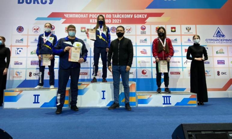 С 26 по 30 апреля в Кемерово состоялся чемпионат России по тайскому боксу, посвященный 300-летию