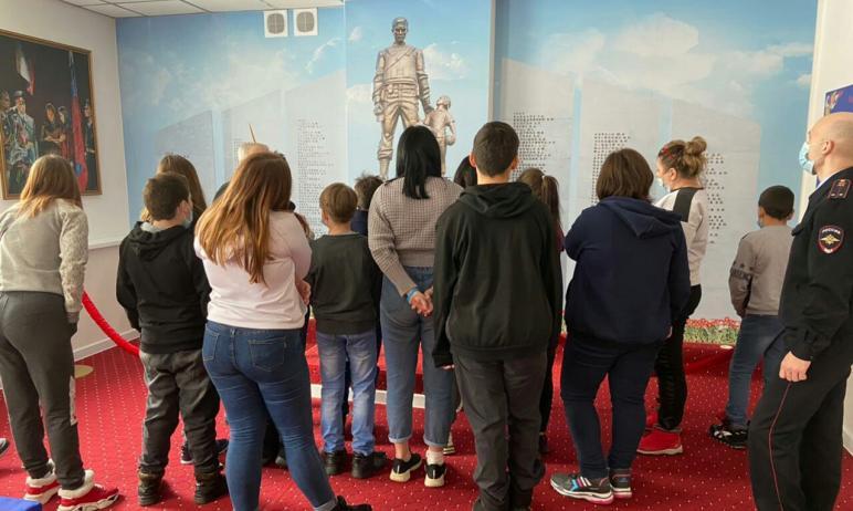 Общественный совет при УМВД России по городу Челябинску организовал для ребят из социально-реабил