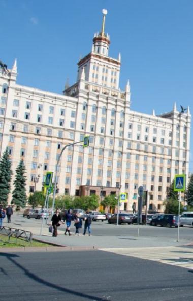 Обязательный масочный режим будет действовать с первого сентября во всех российских вузах. Носить