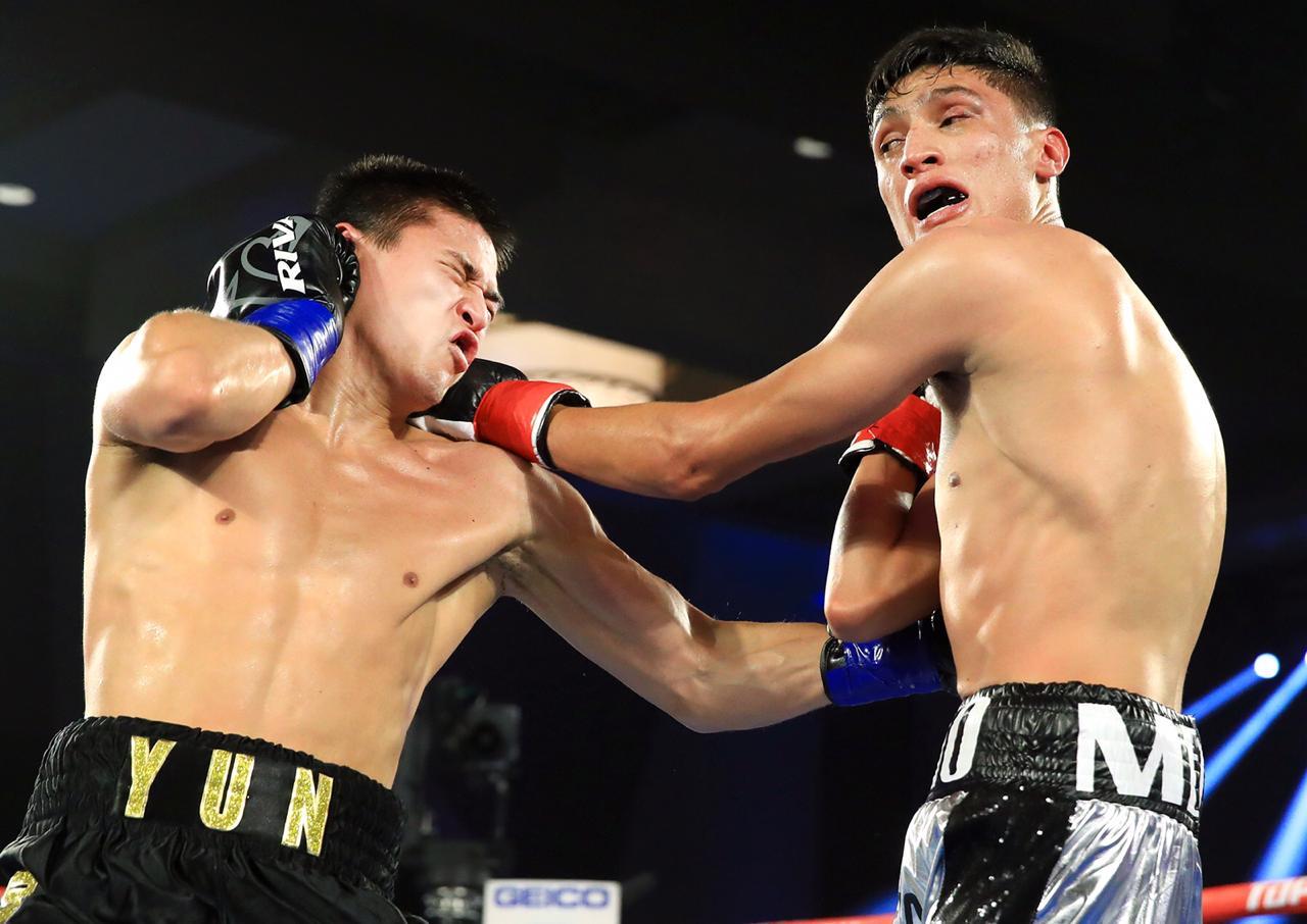Челябинский боксер Дмитрий Юн одержал первую победу в США, успешно дебютировав в большом вечере п
