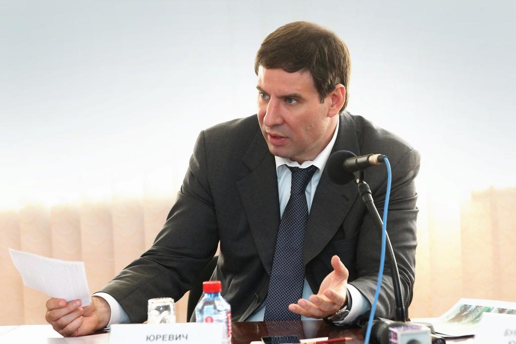 Такие поручения глава региона дал главам пострадавших районов на совещании в Карталинском районе.