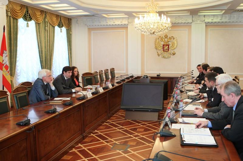 В совещании приняли участие первый заместитель генерального директора концерна «Росэнергоатом» Эд
