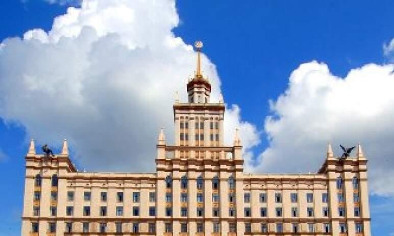 Школьники и студенты Челябинской области скоро сядут за парты.О том, как будет организовано