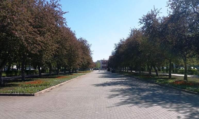В Челябинске стелу «Город трудовой доблести» на бульваре Славы откроют в День народного единства,