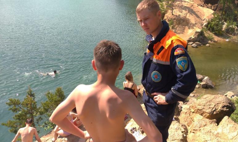 За минувшие сутки поисково-спасательной службой Челябинской области проведены рейды на 17 водоёма
