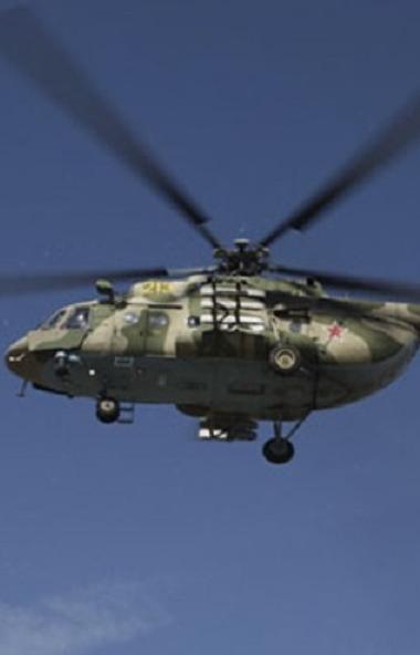 Военные парашютисты-спасатели, входящие в состав поисково-спасательной группы Центрального военно