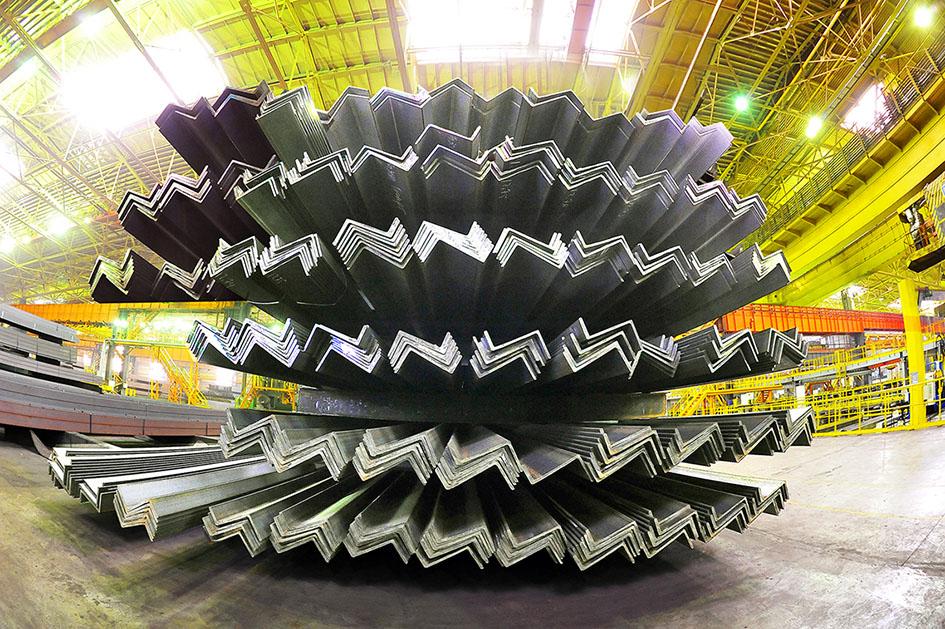 Челябинский металлургический комбинат (ПАО «ЧМК», входит в Группу «Мечел») с начала года отгрузил