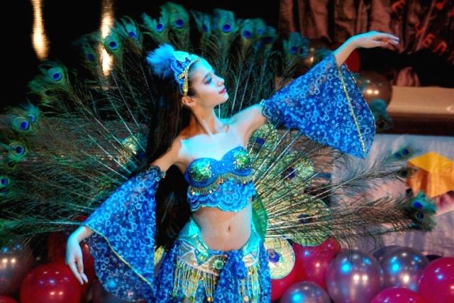 На фестивале выступят танцоры самых разных возрастов. Будут представлены хип-хоп, народный танец,