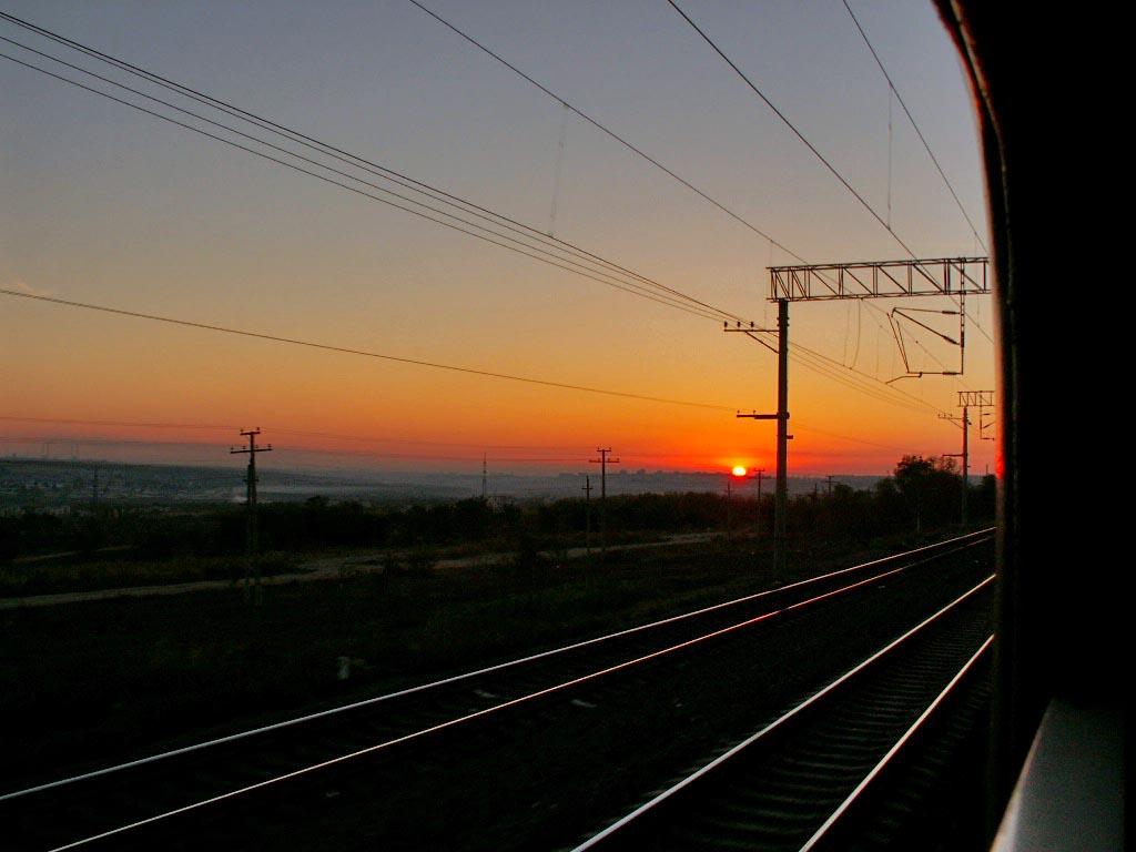 Разноцветный вагон электропоезда Южноуральск – Челябинск обнаружен в ночь на седьмое октября. Тра