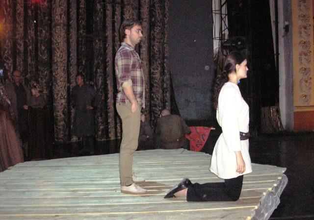 Идея поставить известную оперу Михаила Глинки в ее первозданном виде принадлежит дирижеру Челябин