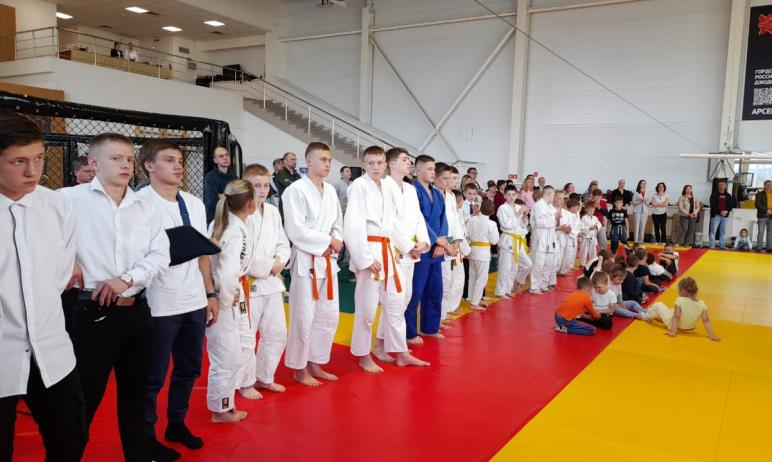 Комплексная детско-юношеская спортивная школа олимпийского резерва №8 Златоуста (Челябинская обла