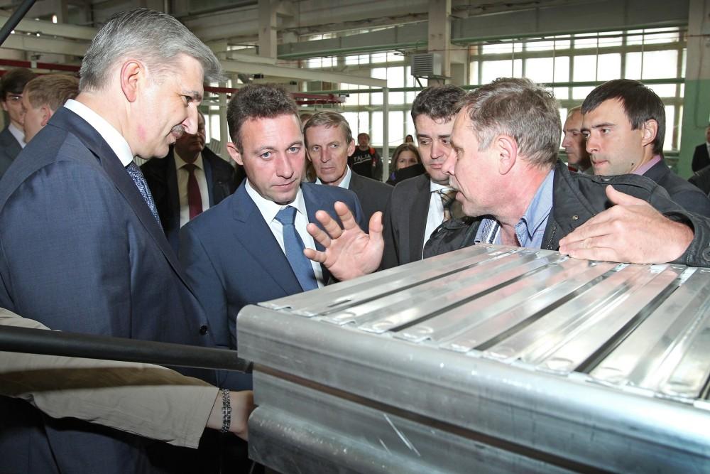 На сегодняшний день, по словам гендиректора «Златмаша» Сергея Лемешевского, завод осваив