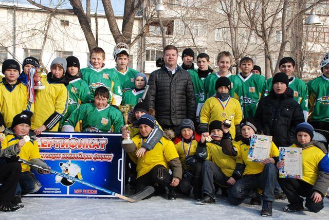 Турнир среди дворовых хоккейных команд «Золотая шайба» в Челябинске набирает обороты – в январе п