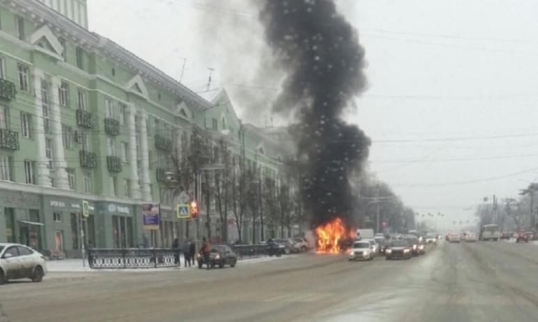 Прокуратура Челябинска начала внеплановую проверку организации-перевозчика из-за возгорания маршр