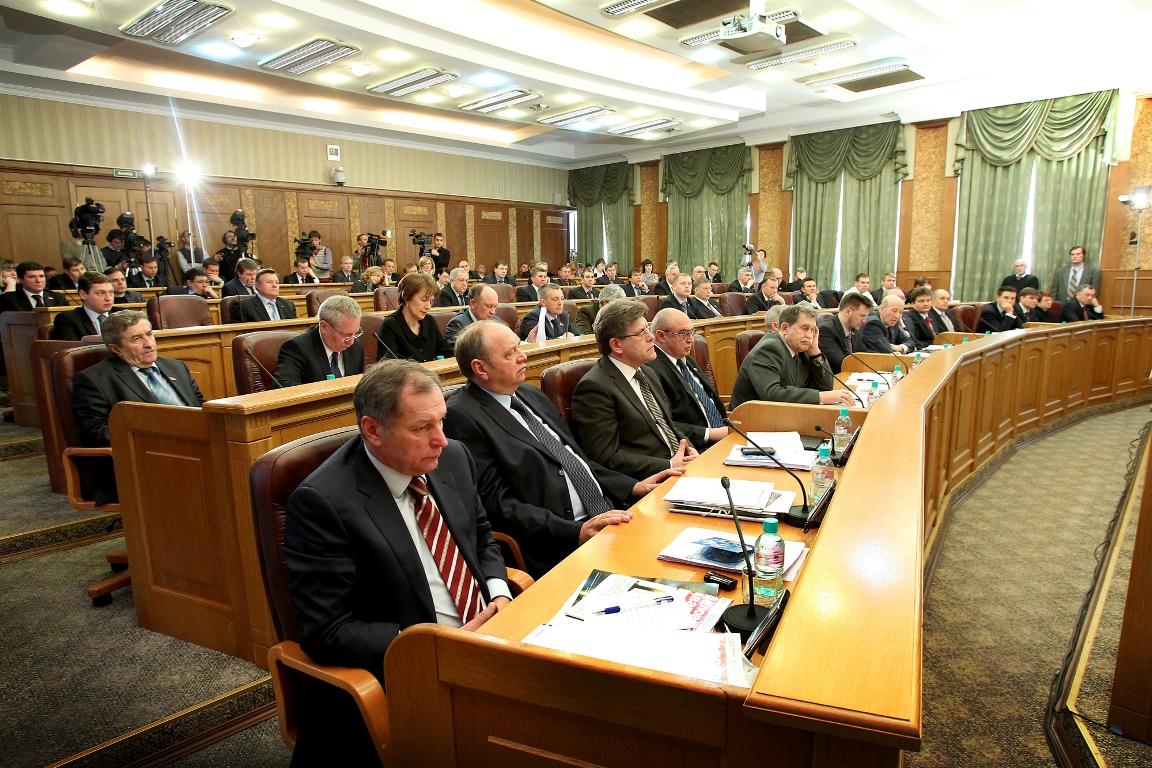 Депутат Константин Захаров вошел в состав комитета по регламенту, депутатской этике и информацион